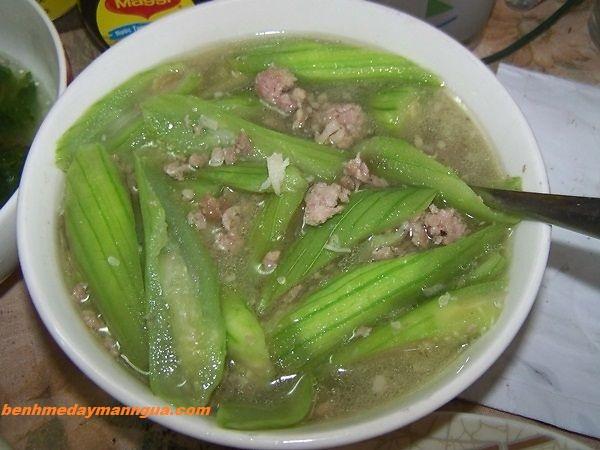 giam-man-ngua-di-ung-cho-be-bang-mon-an (2)
