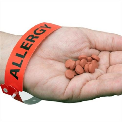Bị dị ứng thuốc kháng sinh bao lâu thì hết, nên uống thuốc gì?