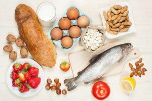 TOP 10 thực phẩm dễ gây dị ứng cho bé