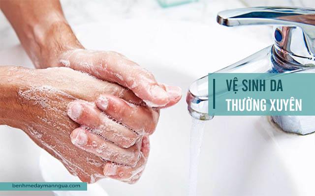 vệ sinh da phòng ngừa dị ứng da