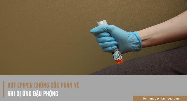 phòng chống dị ứng đậu phộng bằng bút EpiPen